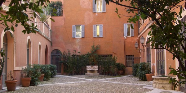 Open courtyards Rome 2015